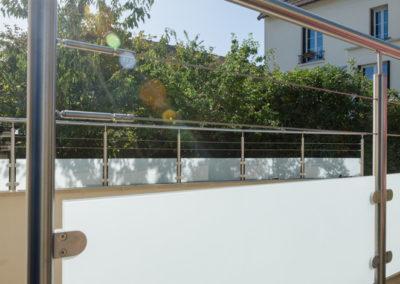Garde-corps-Inox-sur-mesure-câbles-verre_tendance-inox-6