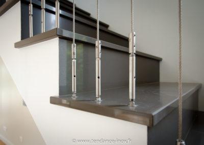 Garde-corps-inox-minimaliste-cables-7