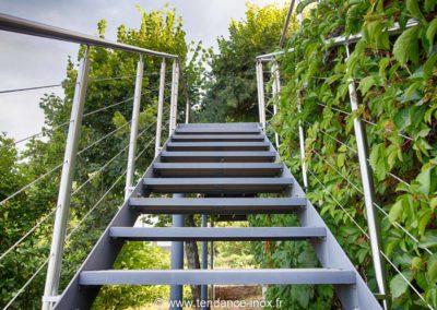 Garde-corps inox escalier 5 câbles sur mesure